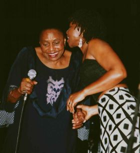 With Miriam Makeba in Maputo 2002 (Photo by ps)