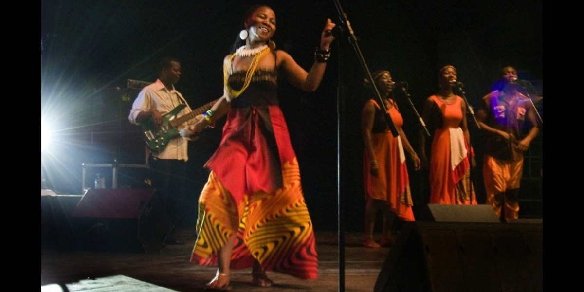 Mingas in Maputo, March 2011 (photo by Jorge Almeida)