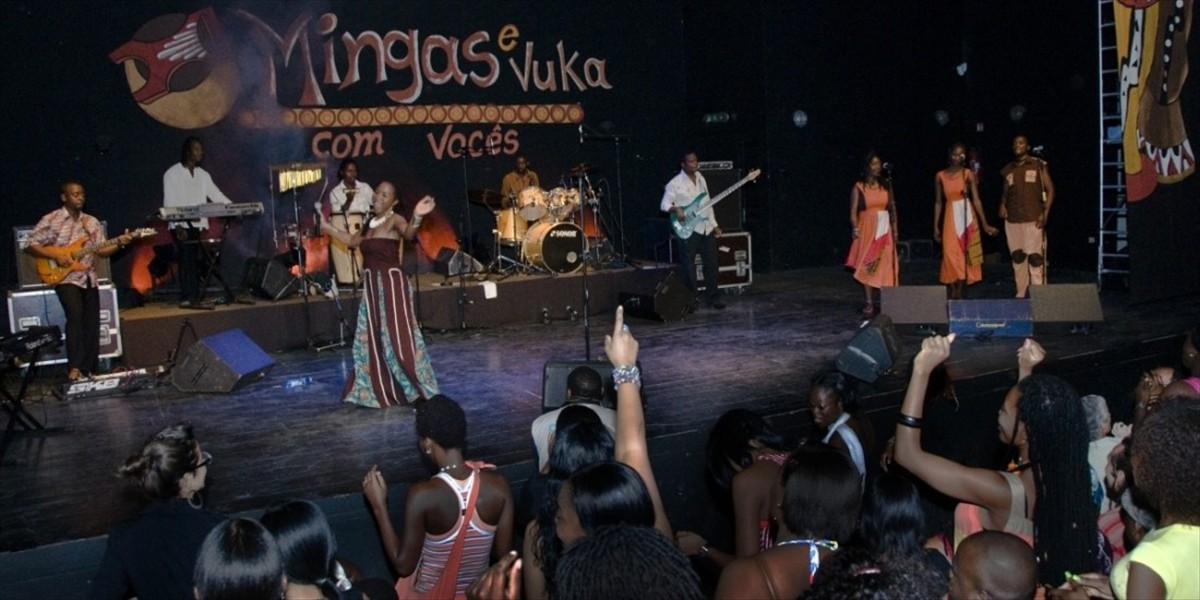 Mingas in Maputo March 2011  (photo by Jorge Almeida)